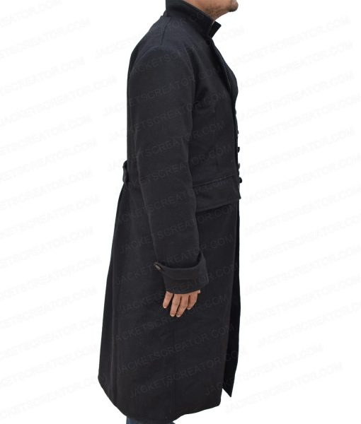 fantastic-beasts-the-crimes-of-grindelwald-johnny-depp-coat