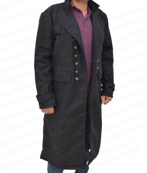 johnny-depp-fantastic-beasts-2-coat