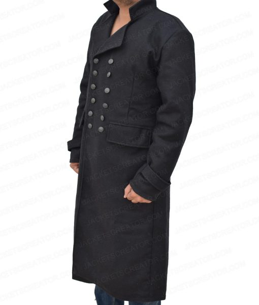 johnny-depp-fantastic-beasts-the-crimes-of-grindelwald-coat