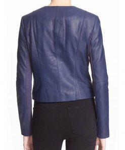 emily-bett-arrow-felicity-smoak-leather-jacket