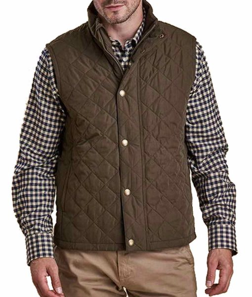 kevin-costner-yellowstone-vest