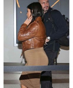 cropped-kim-kardashian-brown-leather-jacket