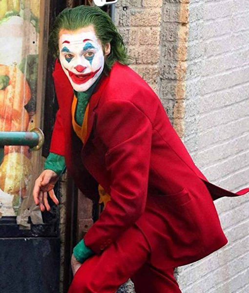 joker-2019-red-coat