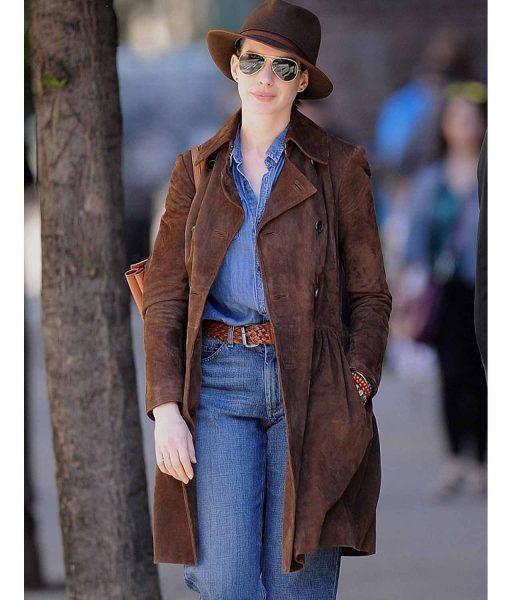 anne-hathaway-coat