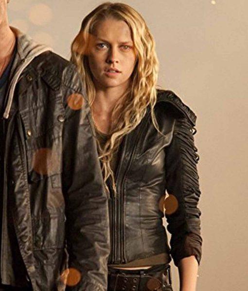 teresa-palmer-leather-jacket