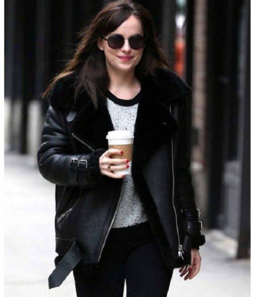 dakota-johnson-leather-jacket