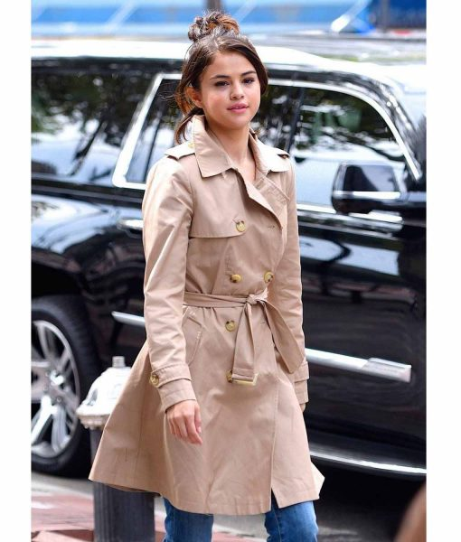 new-york-selena-gomez-coat