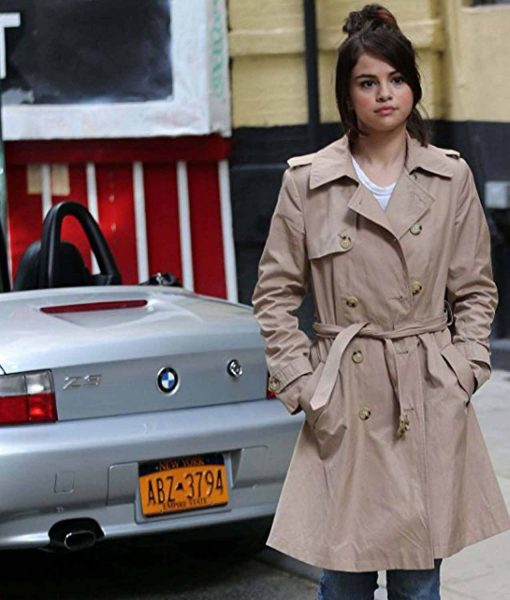 selena-gomez-double-breasted-coat