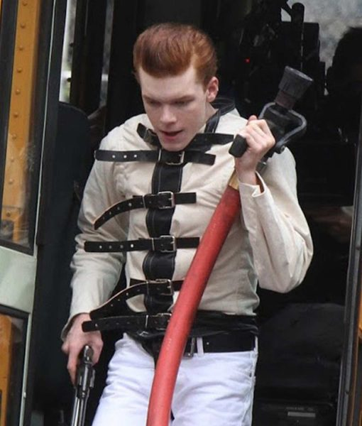 cameron-monaghan-gotham-belted-jacket