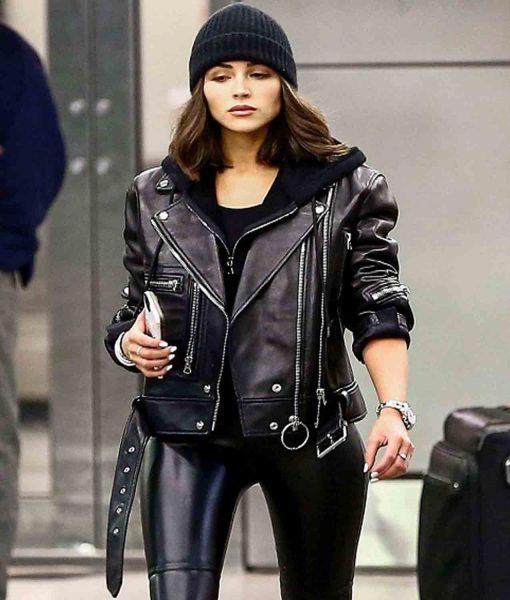 miami-airport-olivia-culpo-leather-jacket
