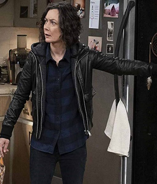 the-conners-darlene-conner-leather-jacket
