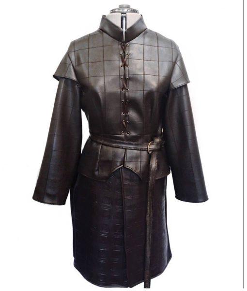 maisie-williams-coat