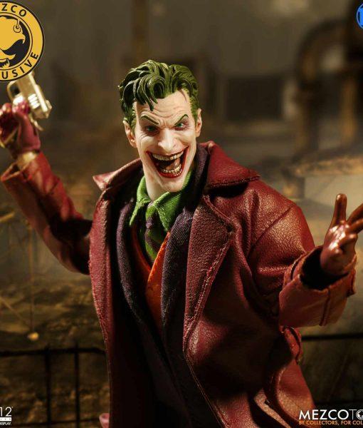 mezco-joker-coat