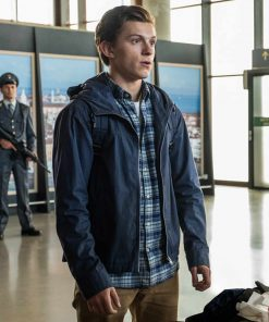 spider-man-far-from-home-peter-parker-jacket