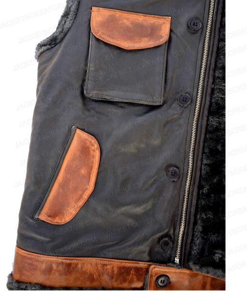jumanji-the-rocks-vest