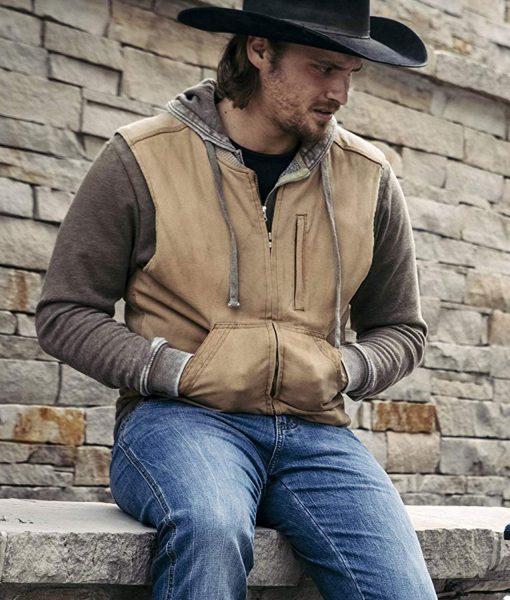 kayce-dutton-yellowstone-vest