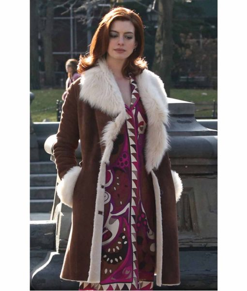 anne-hathaway-modern-love-lexi-coat