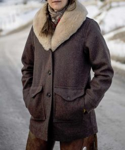 yellowstone-beth-dutton-coat