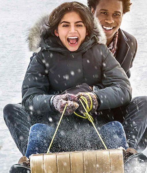 isabela-moner-let-it-snow-coat