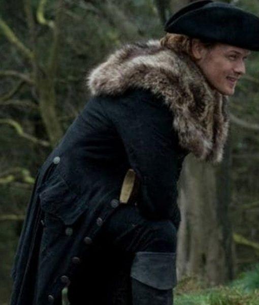 jamie-fraser-black-coat-with-fur-collar