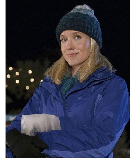 jessy-schram-amazing-winter-romance-jacket