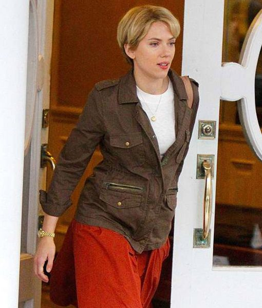 scarlett-johansson-marriage-story-brown-jacket