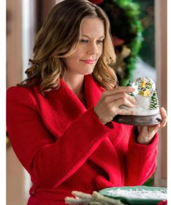 allie-shaw-christmas-red-coat