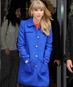taylor-swift-blue-coat