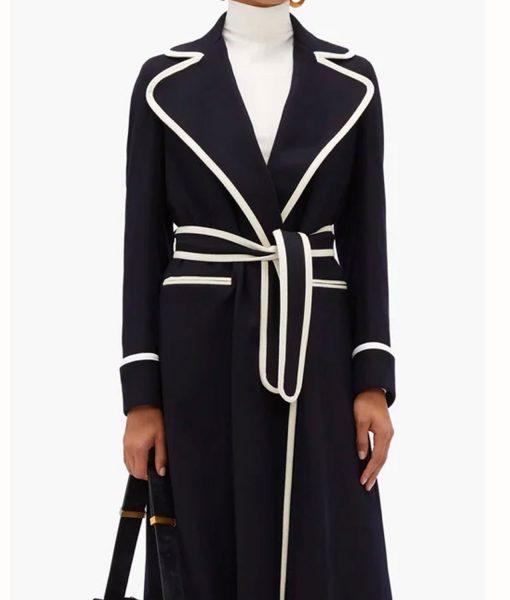 elizabeth-gillies-dynasty-coat