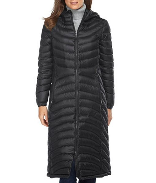 modern-family-claire-dunphy-coat