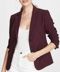 13-reasons-why-jessica-davis-burgundy-blazer