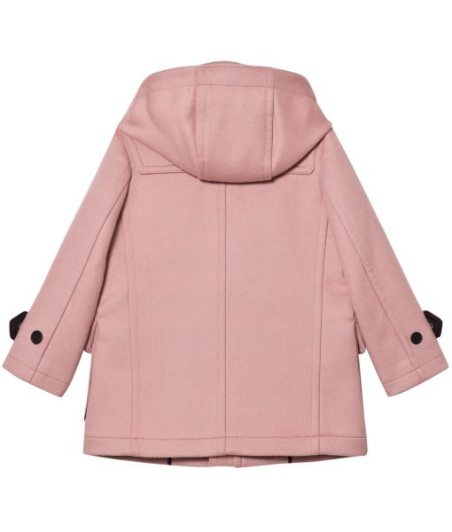 tales-from-the-loop-young-girl-pink-coat