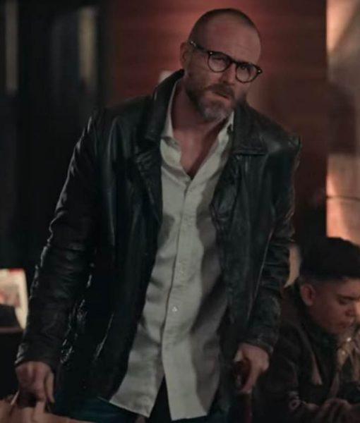 jorge-poza-dark-desire-leonardo-leather-jacket