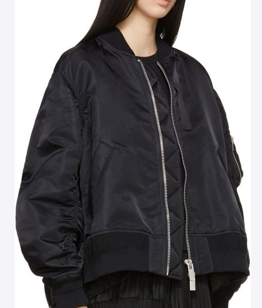 killing-eve-villanelle-black-bomber-jacket