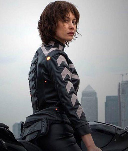 olga-kurylenko-leather-jacket