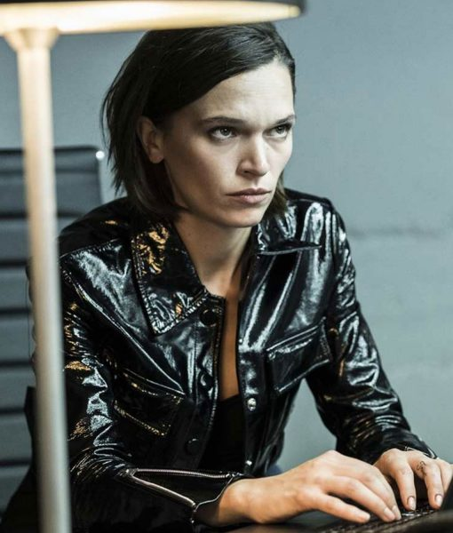 the-last-days-of-american-crime-shelby-dupree-leather-jacket