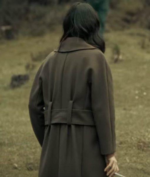 maite-perroni-dark-desire-alma-solares-coat