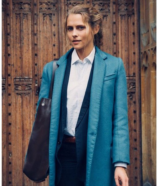 teresa-palmer-a-discovery-of-witches-coat