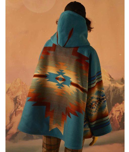 yellowstone-beth-dutton-cloak