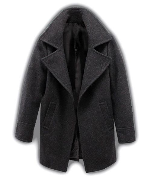 chris-redfield-resident-evil-village-coat