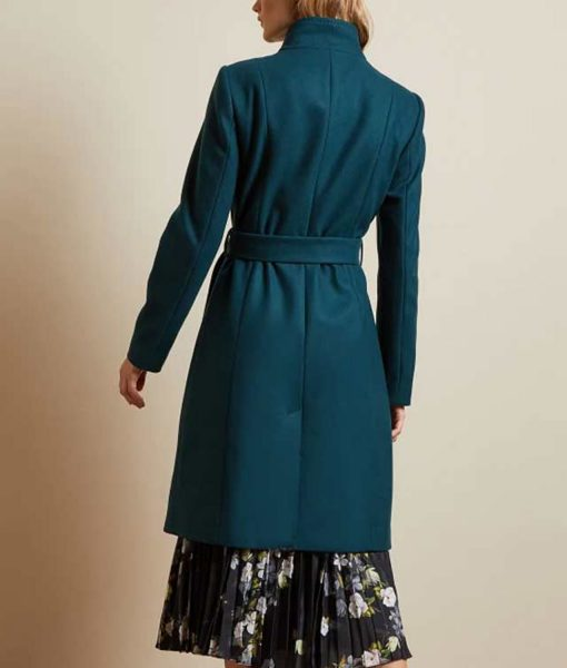 rachael-leigh-cook-love-guaranteed-susan-whitaker-coat