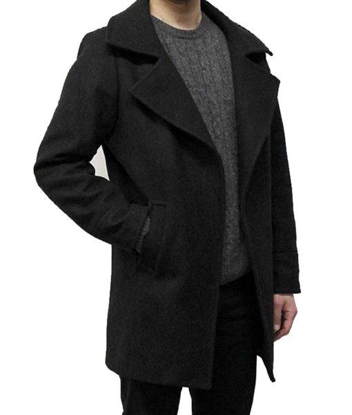 resident-evil-village-chris-redfield-coat