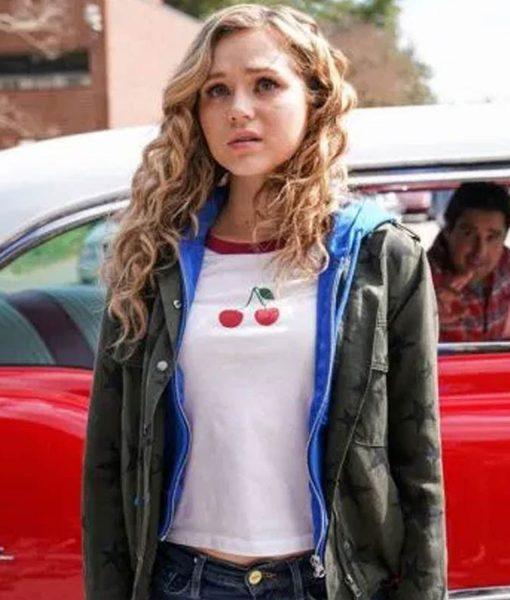 stargirl-brec-bassinger-cotton-jacket