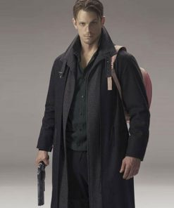 joel-kinnaman-altered-carbon-takeshi-coat