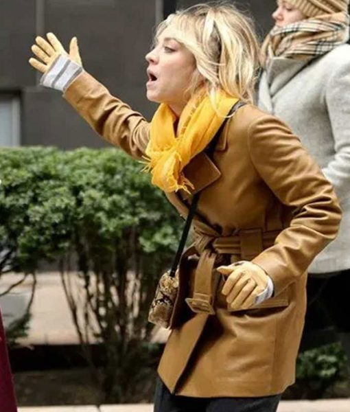 kaley-cuoco-the-flight-attendant-cassie-belted-leather-coat