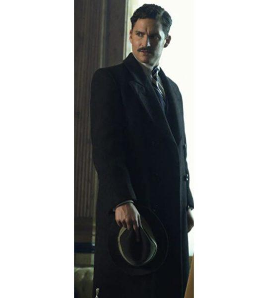 ben-aldridge-pennyworth-thomas-wayne-coat
