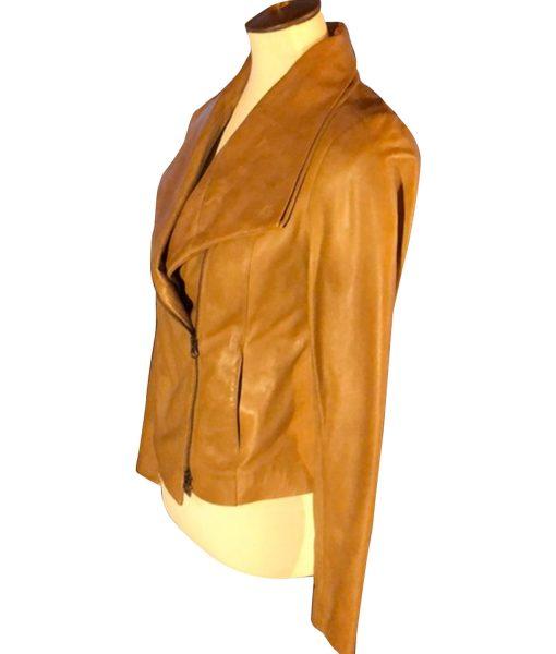melinda-monroe-brown-leather-jacket