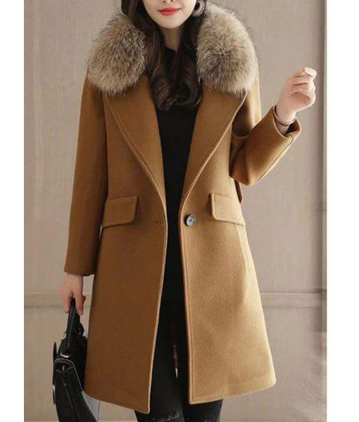 womens-winter-wool-coat-with-fur-collar