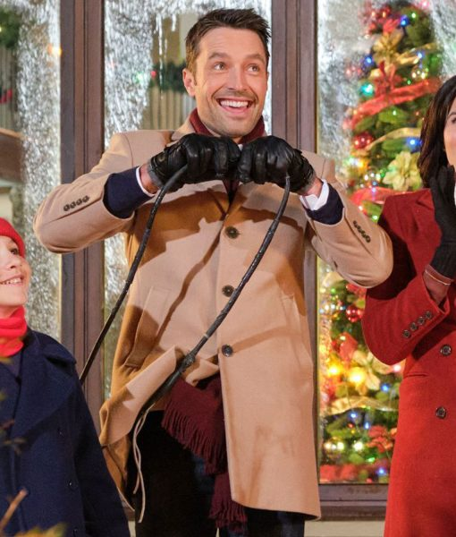 christmas-with-the-darlings-coat