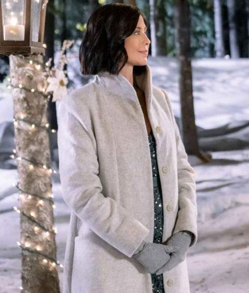 meet-me-at-christmas-joan-coat
